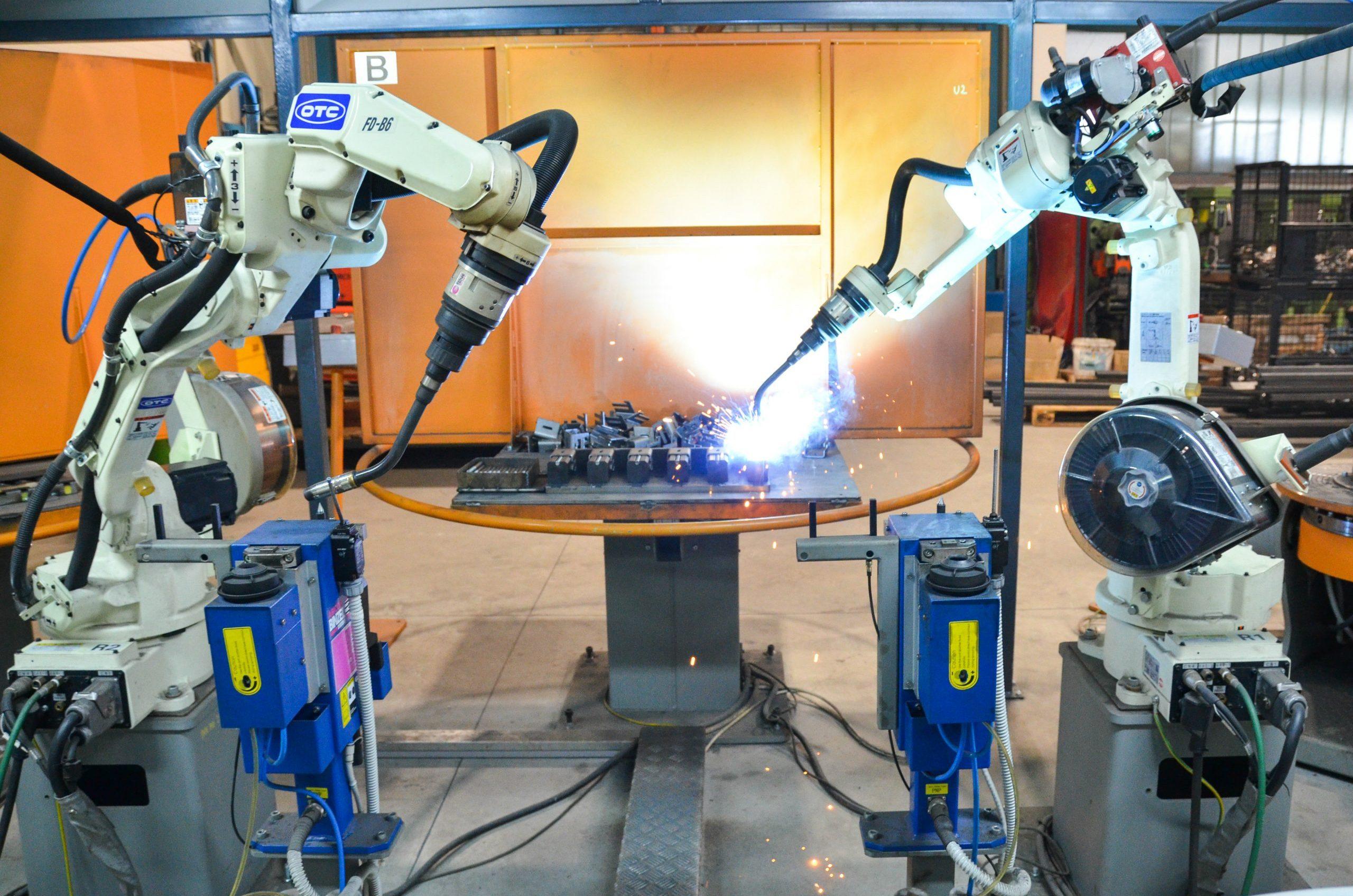 Roboti za varenje